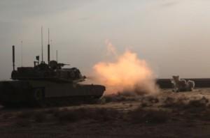 carro_combate_m1_abrams_disparando_