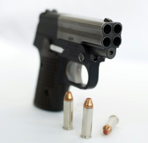pistola_signal_9_defense_