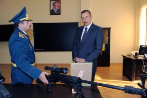 presidente_azerbaiyan_rifle_jng-90