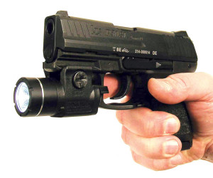 pistola_hk_p30sk_linterna