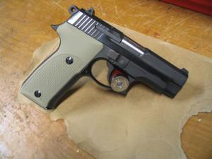 pistola_astra_A-100