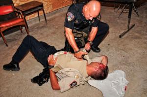 policia_asistencia_sanitaria_emergencia